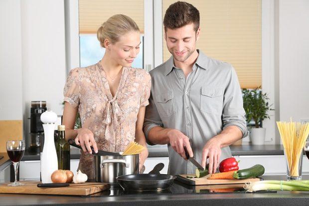 Передаются ли глисты через посуду и другие бытовые способы